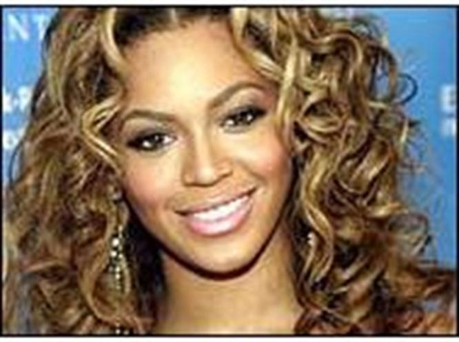 Beyonce dizinden sakatlandı